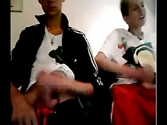 2 Twinks jerk each other on web cam