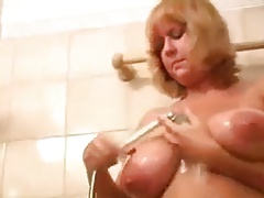 Czech MILF Ellen Teases In The Shower