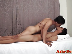 Asian twink facialized after bareback analsex