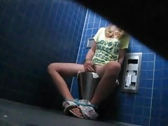 Teen masturbation toilet